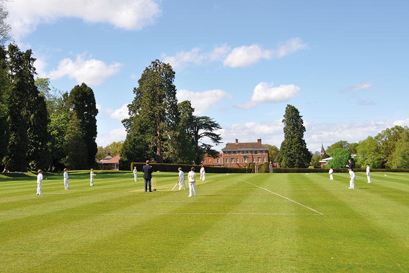 Elstree School
