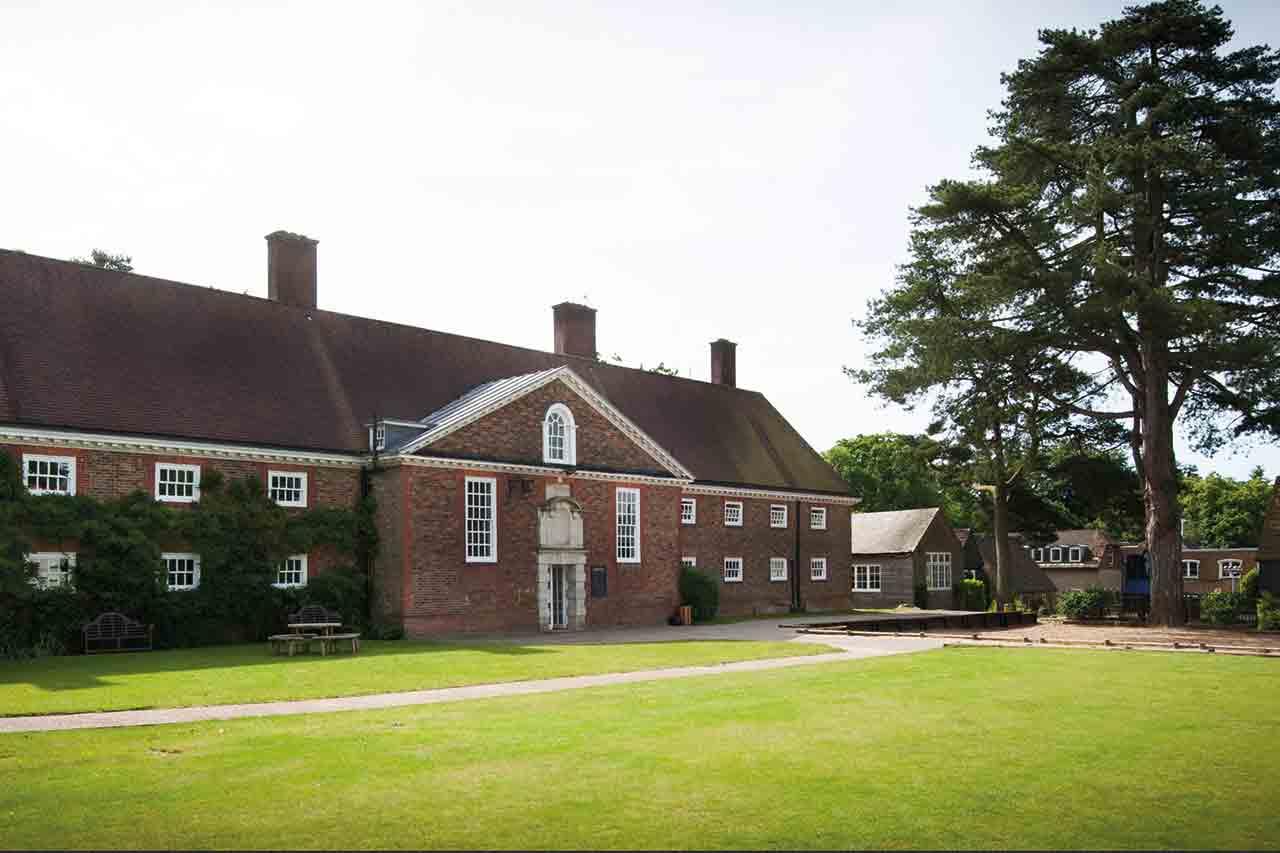 Amesbury School