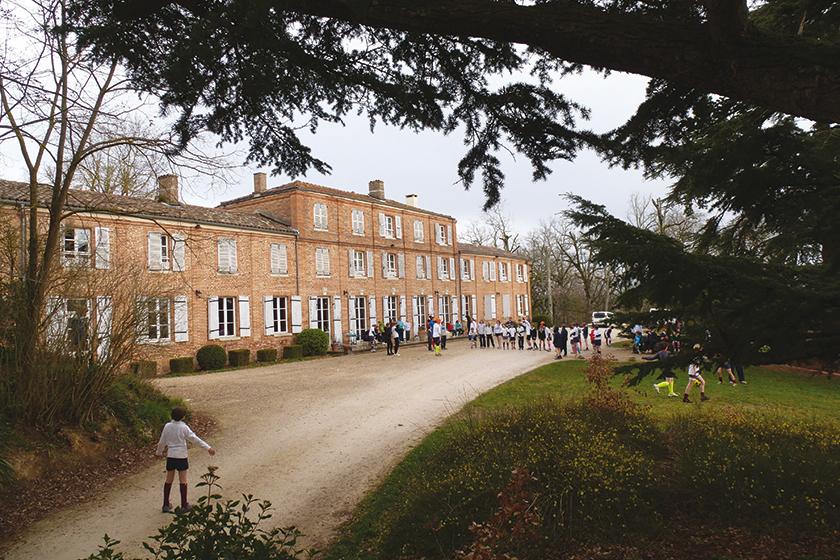 Mowden Hall at Sauvettere