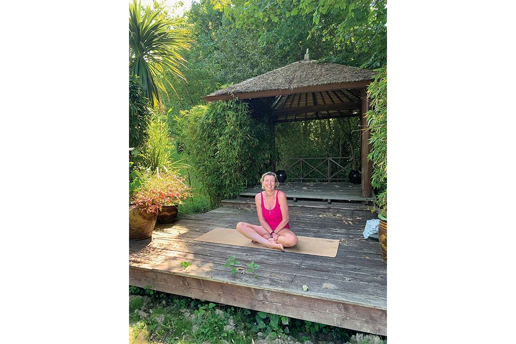 Annabel's timeout in an old Balinese hut